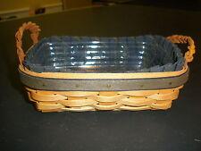 Longaberger Collectors Club 2002 Mini Renewal Basket