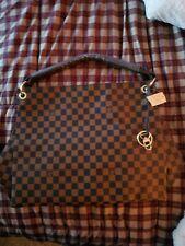 Woman fashion hand bag