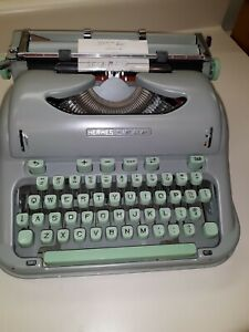 1963 Hermes 3000 typewriter CURSIVE SCRIPT with case and instructions