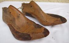 Antique Primitive Women Pair 5 - 5-1/2 Wood Shoe Form #5334 Wall Decor Display