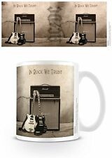 AC DC IN ROCK WE TRUST MUG NEW GIFT BOXED 100 % OFFICIAL MERCHANDISE