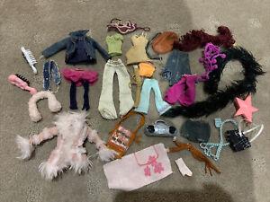 BULK LOT Of Bratz DOLLS CLOTHES And Accessories