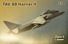 Sword 1/72 Model Kit 72100 McDonnell-Douglas TAV-8B Harrier II