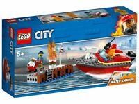 LEGO® City Feuerwehr am Hafen ab 5 Jahren Feurewehrboot Boot mit Wasserkanone