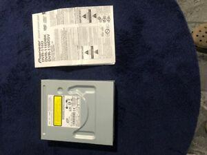 Pioneer-116DBK DVD/CD WRITER: 20x DVD-R/+R; 12X DVD-R DL/+R DL Black IDE Optical