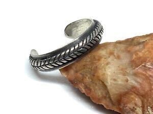 Silpada Designer Sterling Silver Simple Chevron Band Toe Ring