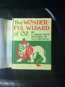 The wonderful Wizard of Oz w dust Jacket, Facsimile Of 1900 First Edition.