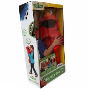 Big Hugs Elmo Interactive Sesame Street Plush Real Hugs Elmo Talks & Lullaby New