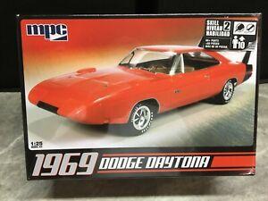 MPC 1/25 scale 1969 Dodge Daytona model car kit