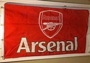 Arsenal Football Club Official Souvenir Flag 2004 Granada Ventures Home Win Ltd.