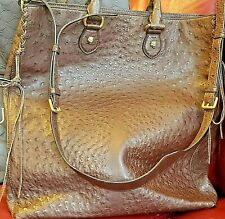 Gucci Women Auth Brown Genuine Ostrich Leather/Brass Feline Cross body Bag Latge