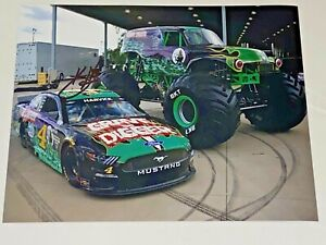 Kevin Harvick autographed 2021 GRAVE DIGGER FORD MUSTANG GT SHR #4 8x10 photo