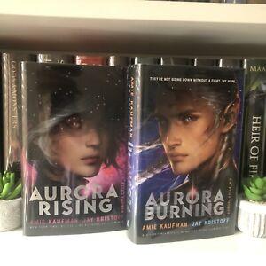Illumicrate Aurora Rising And Aurora Burning - Pink/Blue Siged Hardback