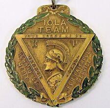 1909 KNIGHTS OF PYTHIAS FCB IOLA TEAM enameled pinback medal badge +