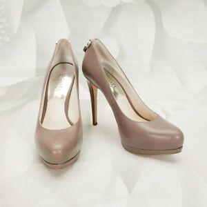 Michael Kors Womens Platform High Heels Pumps Size 6M W/Lock Charm Leather Taupe