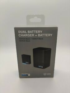 New GoPro Dual Battery Charger w/ One Battery for HERO8/7/6 Black