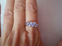 AA Tanzanite ring, 1.32 carats, size R/S, in 1.85 grams of 9k Yellow Gold