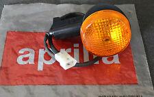 NUOVO ORIGINALE APRILIA RSV 1000/SL SX ANTERIORE / DX TURN FRECCIA ap8124471