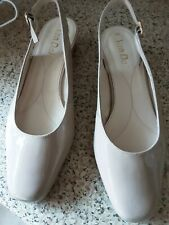 LADIES NUDE PATENT LEATHER VAN DAL SHOES SIZE 4.5 SLING BACK