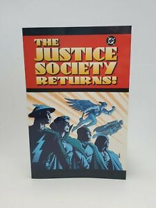 DC Comics The Justice Society Returns! 2003 Paperback Graphic Novel
