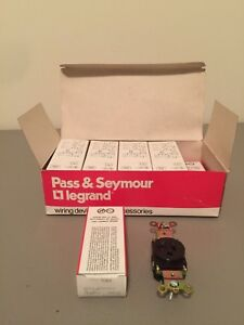 NEW IN BOX PASS AND SEYMOUR BROWN SINGLE RECEPTACLE 5361 BOX OF 10