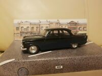Corgi Classic Cars D709/2 Ford Zodiac saloon Original Boxed Model