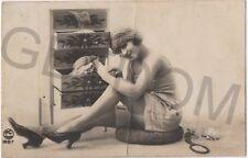 Belle Dame du Temps Jadis Femme Nue Lingerie Erotique Authentique - prostituée