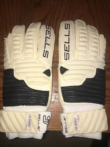 New RARE 2004 SELLS Dual adhesion PLUS Goalkeeper Gloves Roll Finger Size 9.5