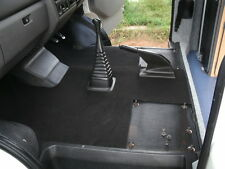 VW T4 Transporter Caravelle Fitted Floor Mat in Black