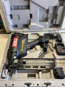 Senco 3VS7002N GT40FS Cordless Fencing Stapler 2 x 1.6Ah NIMH Batteries