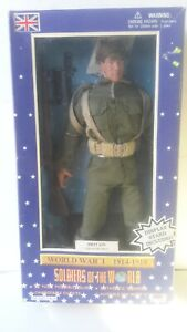 Soldiers of the World - World War I WWI BRITAIN INFANTYMAN ACTION FIGURE