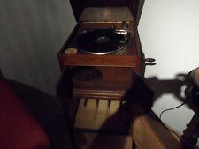 schönes altes Grammophon funktionstüchtig
