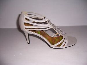 NEW YORK TRANSIT FORMAL DATE WOMEN'S SILVER STRAPPY HEELS SANDALS SIZE 10 NEW!