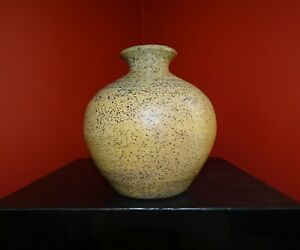 BEN OWEN III / 1987 WOOD-FIRED CABINET VASE