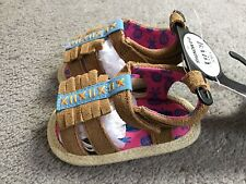 M&S PAIR OF LEATHER PRAM SHOES WITH OPEN TOES & HOOK/LOOP CLOSURE- AGE 0-3m BNWT