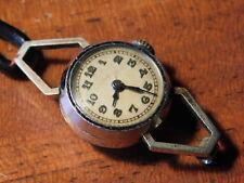 vintage Watch ancien MONTRE FEMME à REMONTER uhr LADY mini FEMME