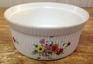 """Apilco France Quiche Baker Ribbed Floral Baking Dish Pottery Round Vintage 8.5"""""""