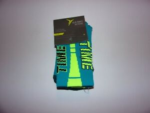1 Pair Of Old Navy Active, Boys Medium Go Dry Crew Socks / Brand New