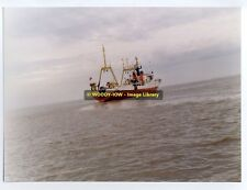 "tr487 - UK Fishing Trawler - Eastella , built 1968 - photo 8"" x 6"""