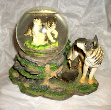 Vint. Wolves Musical Snow Globe National Geographic Society & The San Francisco