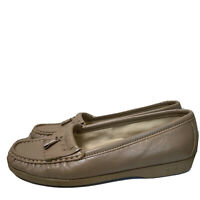SAS Womens Tan Brown Leather Tassels Loafers Slip On Comfort Size 7.5