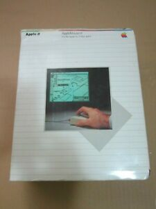 AppleMouse II mouse 2 iie 2e in box with manuals + card