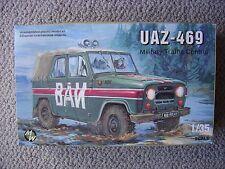 Military Wheels 1/35 Soviet UAZ-469 Military Car