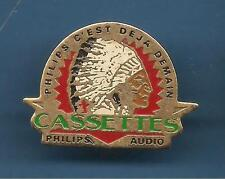 Pin's pin PHILIPS AUDIO AMERIQUE INDIEN (ref 081)