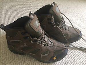 Womens Jack Wolfskin Walking Boots Size UK5