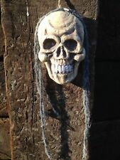 HALLOWEEN SKULL DECORATION HANGING FLAT BACKED FOR DOOR OR WALL