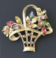 Lovely vintage basket of flowers brooch  gold tone metal.with crystals