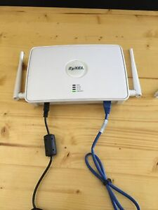Zyxel NWA-3160 Access Point   Includes Connecting Cables & Power