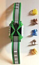 BEN 10-Omnitrix Challenge y 5 Mini Figuras