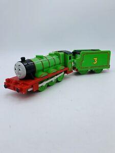 Thomas & Friends Trackmaster motorized train engine Henry & Tender 2009 Mattel